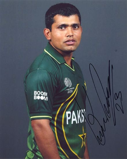Kamran Akmal, Pakistan, signed 10x8 inch photo.